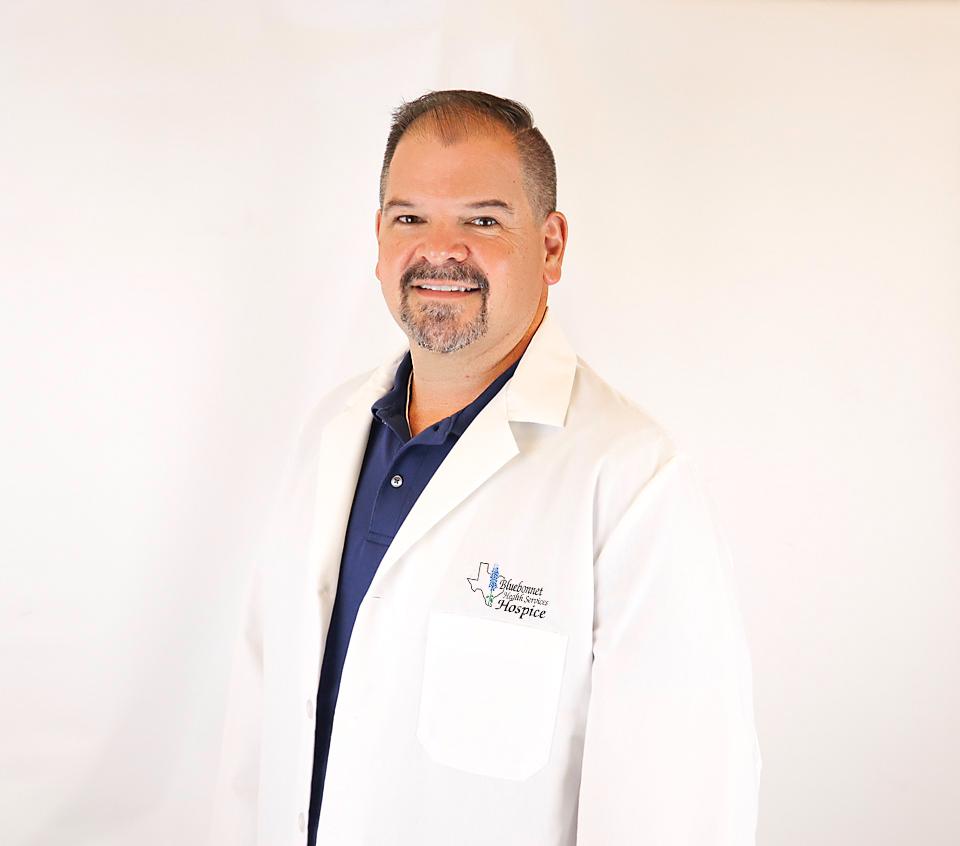 Dr Jeffrey Bates